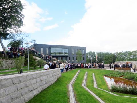 Invigning av Askims nya församlingshem och askgravlund