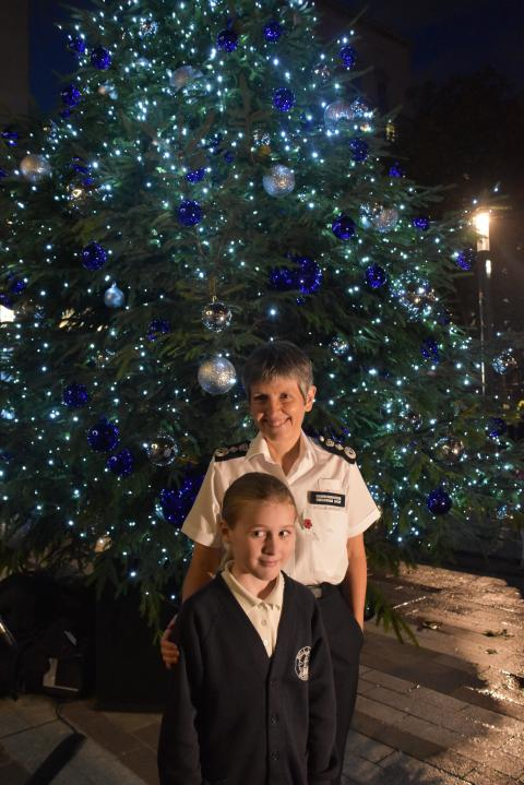 Met launches 2018 Christmas tree appeal