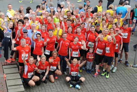 Die Erfolgsgeschichte Korschenbroicher City-Lauf feierte  30-jähriges Jubiläum. Die Sparkasse Neuss war natürlich dabei.