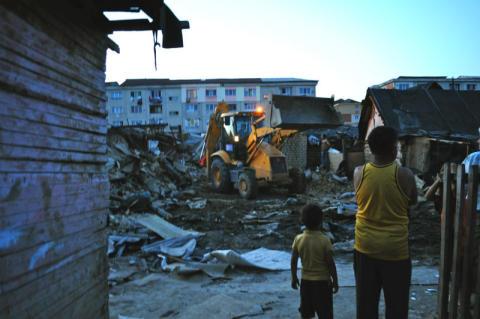 Rumänien: Tusentals blir rotlösa efter tvångsvräkningar