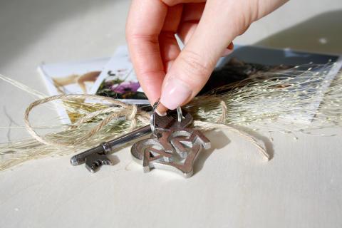 Personliga produkter i 3D -  Nyckelring i Metall - Initialer