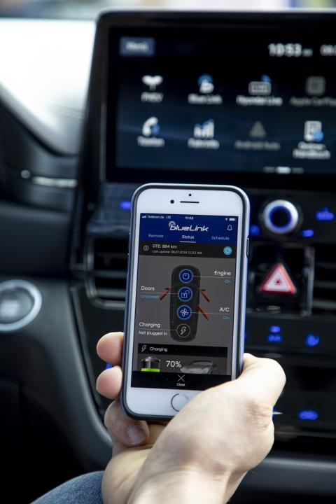 Hyundai Bluelink Connected Car Services
