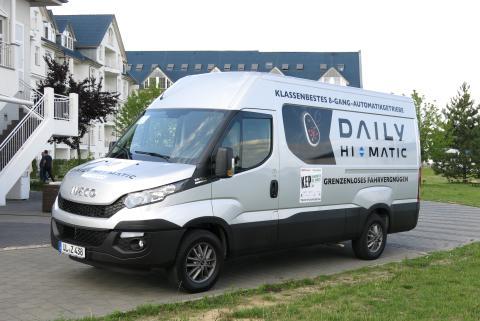 Iveco Dailylle Best KEP Transporter 2015 -palkinto ja Daily Hi-Maticille Innovaatio-palkinto Saksassa