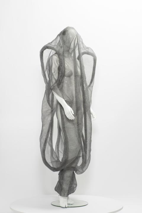 Karin Landahl 4, Garment Knots