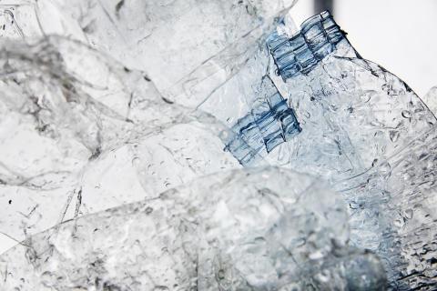 Dansk Retursystem går foran i genanvendelse af plast