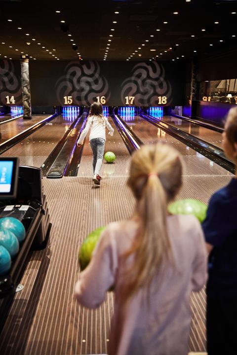 olearys_bowling_kids