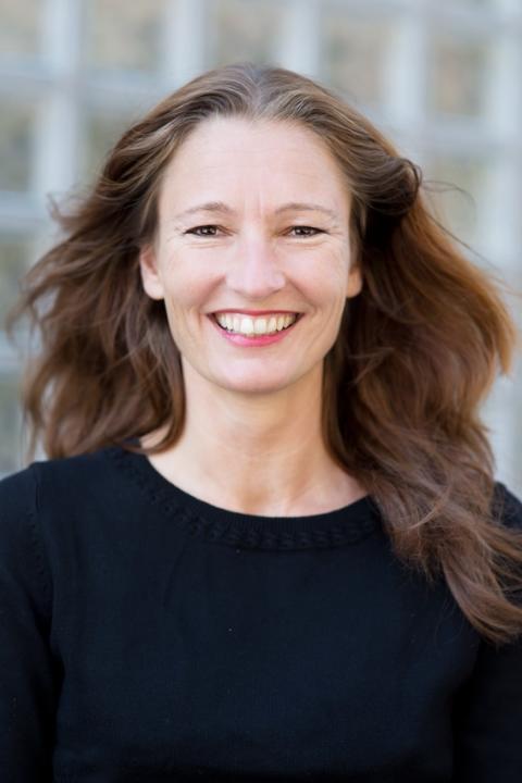 Elisabeth Helland Larsen I