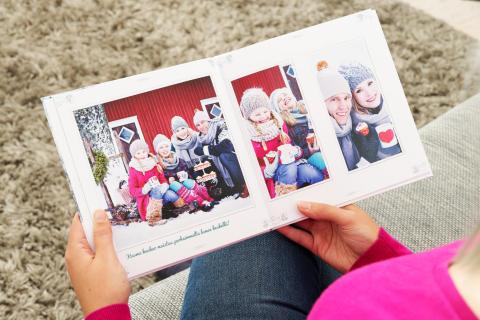 Talviaiheisen kuvakirjan lukemista