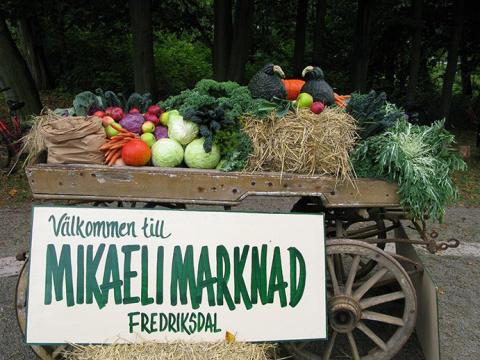 Fredriksdal skördar traditioner