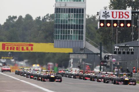 Hög toppfart och hårda däck på Monza