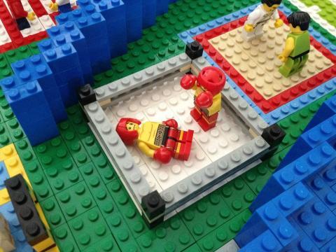Stefan Holm bygger vidare med lego