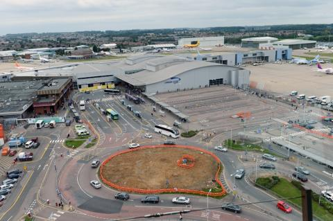 London Luton Airport awards first major redevelopment contract