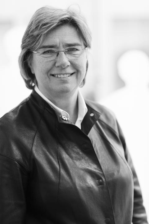 Ulrika Francke avgår som vd för Tyréns