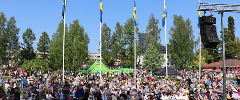 Nationaldagsfirande lockade storpublik till Badhusparken i Piteå
