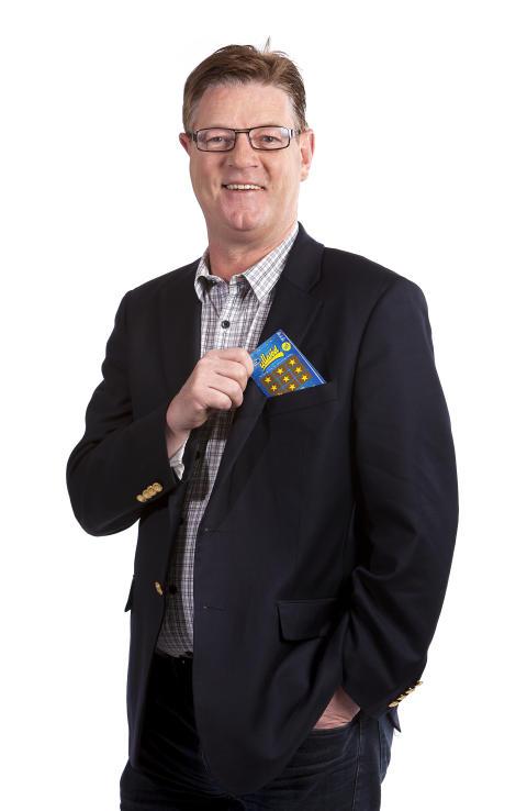 Ullareds vd Boris Lennerhov med nya Ullaredslotten