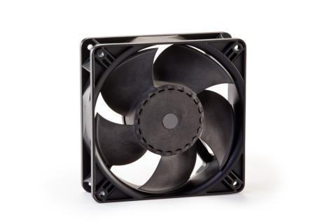 ebm-papst EC-kompaktfläkt ACi 4400 har hög flödeskapacitet men bara 4,4 W effekt