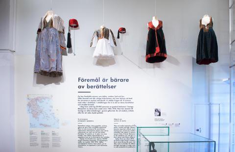 Dräkter, Migrationens ansikte, foto: Karolina Kristensson, Nordiska museet