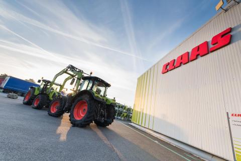 CLAAS traktorfabrik i Le Mans