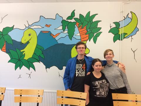 Pressinbjudan - Dinosaurier uppåt väggarna på Slättagårdsskolan