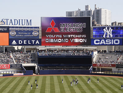 Mitsubishi Electric Diamond Vision shines at Yankee Stadium opening