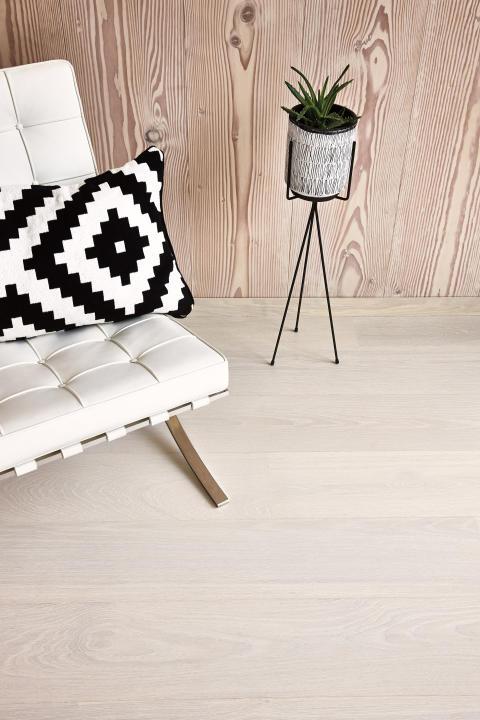 Eik Andante hvit, Castle plank, Live Pure lakk hvit