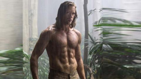 Alexander Skarsgård som Tarzan