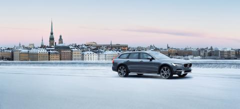 Volvo S90 och V90 nya storsäljare i Sverige