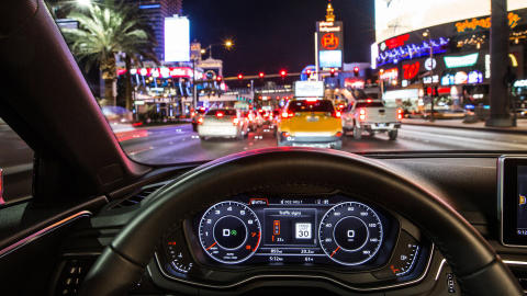 """Time-to-Green"" In the Audi virtual cockpit or head-up display, drivers see whether they will reach the next light on green while traveling within the permitted speed limit"