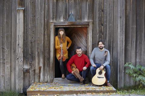 Prisade folkmusiker på turné i Västerbotten