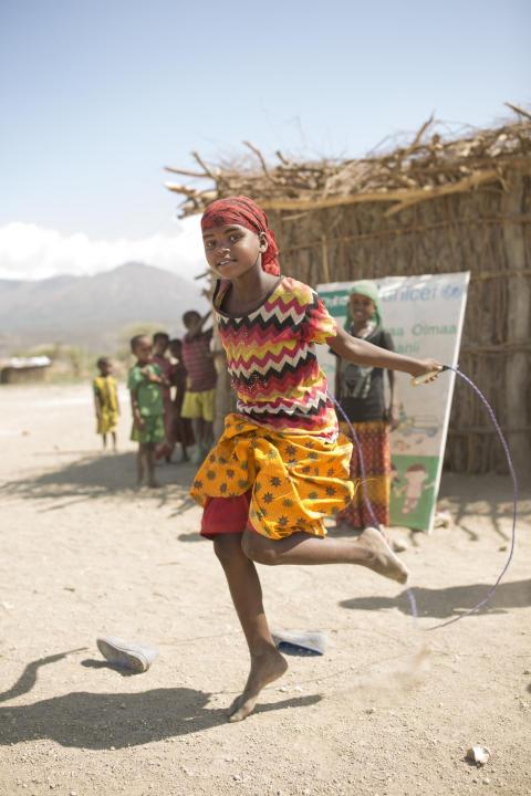 Att ha tillgång till mensskydd är långt ifrån en självklarhet för alla tjejer. Den återanvändbara tygbindan gör att fler tjejer har råd att använda mensskydd.