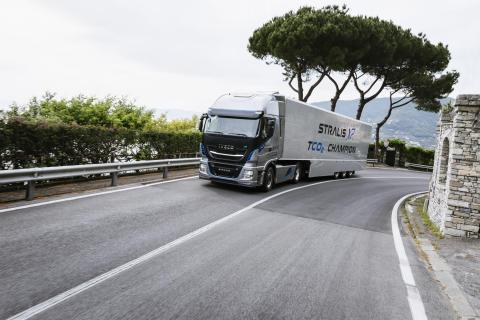 Iveco fick order på 610 Nya Stralis XP- och NP-lastbilar