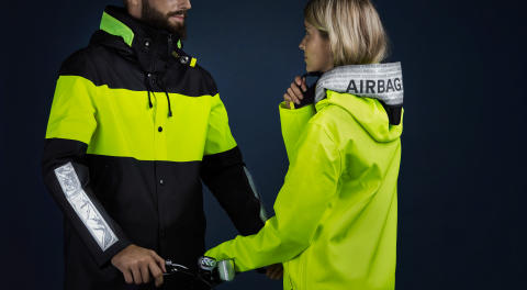 Hövding and Stutterheim collaborate for safer cycling on dark roads