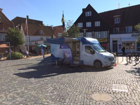 Beratungsmobil der Unabhängigen Patientenberatung kommt am 3. Mai nach Rendsburg.