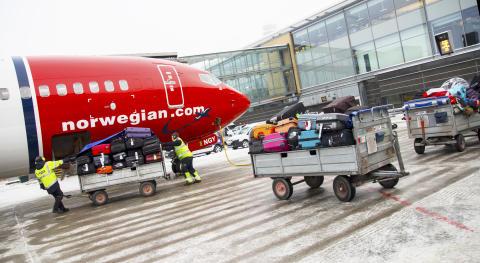 Boarding luggage on board
