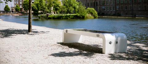 Smart Solar Bench, design Infra Marks