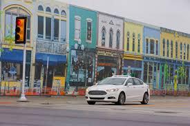 A Ford háromszorosára növeli önjáró autókból álló flottáját, valamint gyorsabb ütemben folytatja a szenzorok és a szoftverek tesztelését