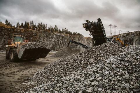 Strävan efter fossilfri bergproduktion möts av både framgångar och hinder