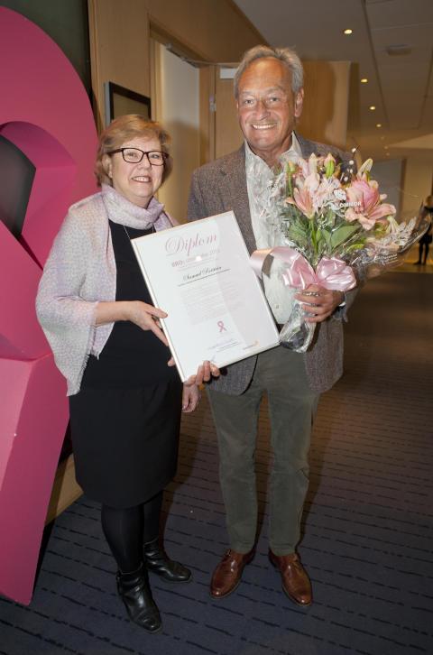 Samuel Rotstein, 2016 års mottagare av BRO:s Utmärkelse, och Elizabeth Bergsten Nordström, ordförande BRO