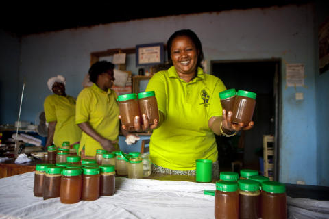 Bikupa som present mot fattigdom