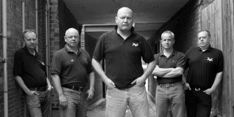 Hop ind i Cock Sparrer circle pitten og skrål med på punk-klassikere