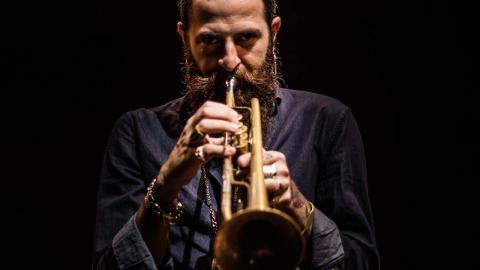 Israeliske trumpetaren Avishai Cohen till Vara Konserthus