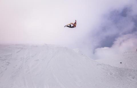 Ståle Sandbech på trening i Laax. Foto: Glenn C. Pettersen / Snowboardforbundet