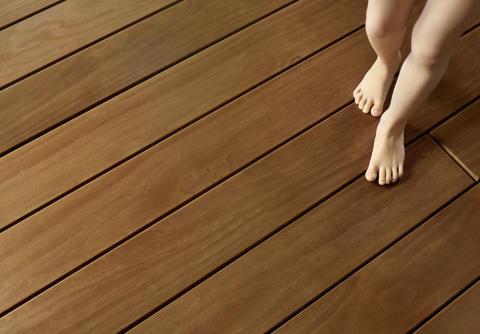 180T Kebony Detail Füße
