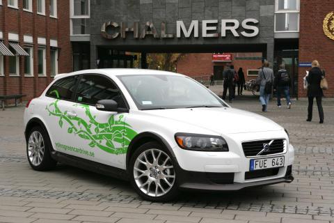 Volvo Green Car Drive