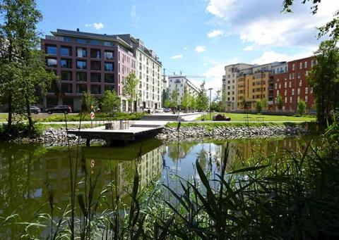 Mix housing and workplaces near large green spaces