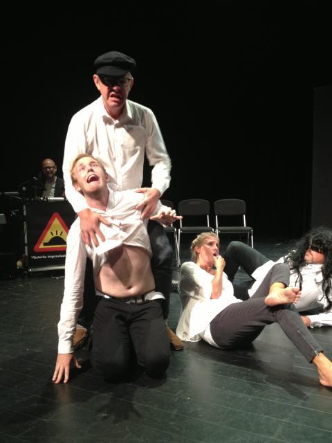 Hashtag – Västerås Improvisationsteater
