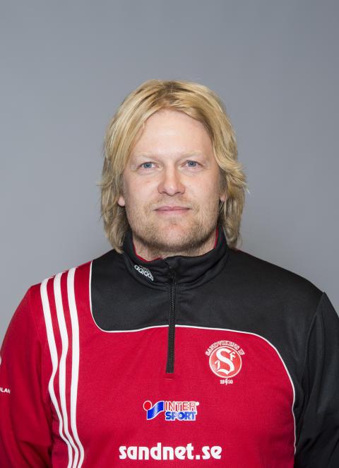 Niklas Spångberg och Per Brykt, Sandvikens IF,  får Woody Ungdomsledarstipendiet 2012