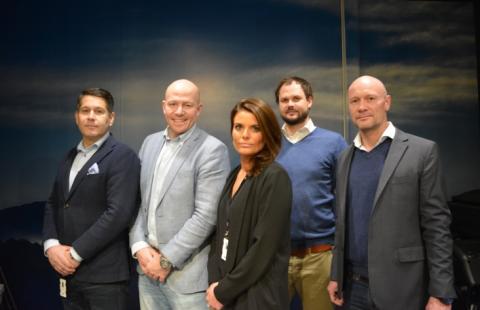 Malin-en-het-ABAX-Global-sales-team_blog_full