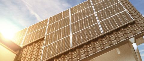 LOS SOL - Solcelle på tak