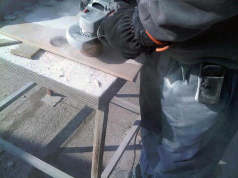 Nya diamantborrar för håltagning med vinkelslip – Användning 1